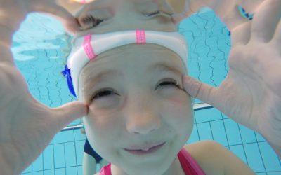 Z majem ponovno skok v bazen!